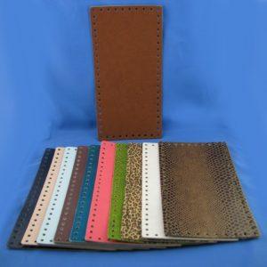 Fondi per borsa in pelle rettangolari artigianali ed esclusivi, disponibili in vari colori, prodotti da manifattura italiana. Misura 30x15 cm