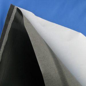 Tessuto termoadesivo similpelle - multiuso. Indicato per rinforzare le borse. Misura: 100x50 cm