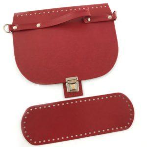Set borsa patella con un fondo borsa e patta di chiusura abbinata in simil pelle.