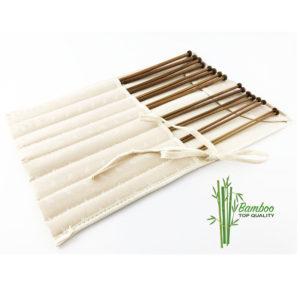 Il Set ferri in bamboo con borsa contiene 8 ferri in bamboo naturale dalle misure 3 alla 6,5 mm.