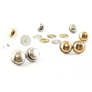 Chiusura calamia M42 1,2 cm per borse disponibile in due differenti colorazioni: oro e argento.