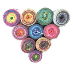 La Lana Bijoux è una lana degrade 50pl 50 pc disponibile in 9 diverse colorazioni.