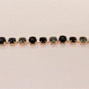 Passamaneria gioiello 8 cm in strass Articolo venduto al metro. Inserire nella quantità i metri che si intendono acquistare