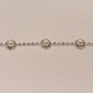 Passamaneria gioiello 1,2 cm in strass Articolo venduto al metro. Inserire nella quantità i metri che si intendono acquistare