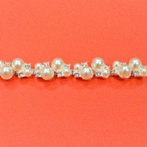 Passamaneria gioiello 1.5 cm in strass e perline Articolo venduto al metro. Inserire nella quantità i metri che si intendono acquistare