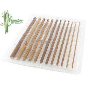 Set uncinetti in bamboo naturale, prodotto ecologico, confezione da 12 pezzi, misure dal 2 all' 8 mm.