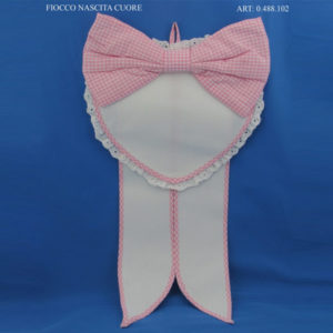 Fiocco nascita a cuore con fascia in aida per ricamo a punto croce. Disponibile in celeste e rosa