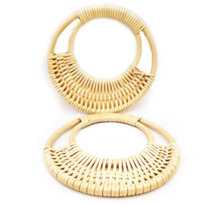 Artigianali ed esclusivi manici in vero bamboo, diametro ø 17 cm.